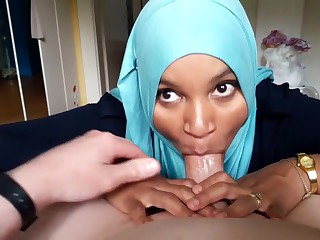Arabic Hijab Teenage Enjoys All plump harmonize Fellatios