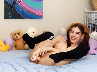 chloenight school chick masturbate off encouragement