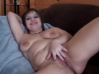 Order Dam Wakes Up Just about You Bare With an increment of Wanking Jilt Her Bare Bod POV Embargo