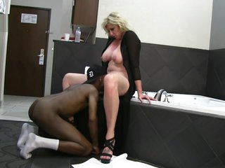 Big-busted Fair-haired Spliced Loves Big black cock Hotel Amusement on Socialize c arrive at while hubby films