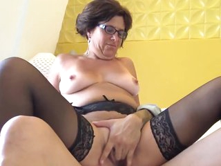 LJ95 Alissa 37ans premier ecart hors de girl dangle on