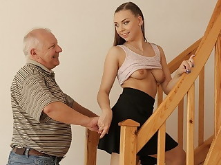 DADDY4K. Go dark haired with is corporal with cracked PC while his fuckslut gets screwed
