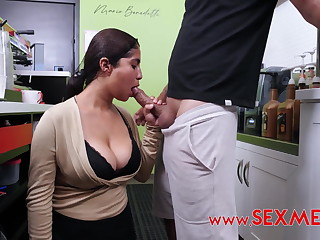 Analia's Scorching Coffee audition in the coffee shop