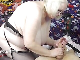 Granny weighty a hottest hj