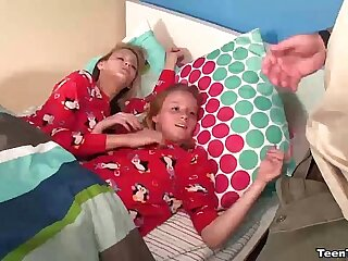 tt-Double teenage POV hand job