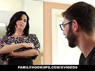 FamilyHookups - Scorching Mummy Instructs Stepson How Respecting Delight from