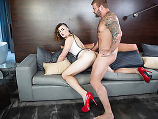 Ladyboy Allysa Etain gets her taut nut jammed by guy Colby Jansen