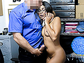 ShopLyfter - Magnificent Latina Gets A Facial cumshot From Security For Stealing