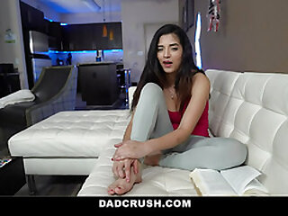 DadCrush - Teenager With Hijab Gives Her Stepparent a Messy Moist Butt-cheeks