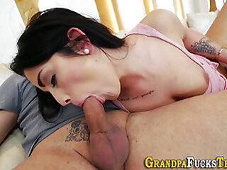 Teenager gives head to old stud