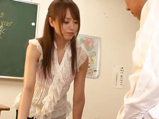 Queening japanese eighteen age teenage bitchy in classroom