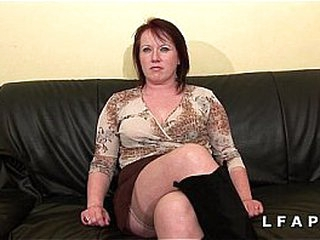 Plumper Maman cougar deboitee fistee sodomisee Double penetration facialisee pour son audition